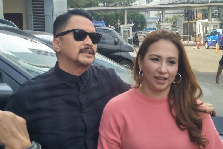 Ferry Maryadi dan Deswita Maharani di Gedung Trans, Mampang Prapatan, Jakarta Selatan, Kamis (30/5/2019).