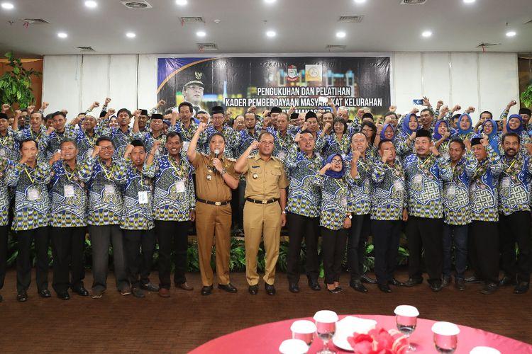 Wali Kota Makassar Danny Pomanto Lantik 153 KPM di Hotel Condotel, Senin (15/4/2019). 153 KPM ini dikukuhkan untuk masa jabatan 2019-2021.