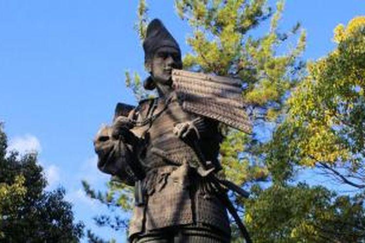Patung Oda Nobunaga di Kiyosu, Jepang