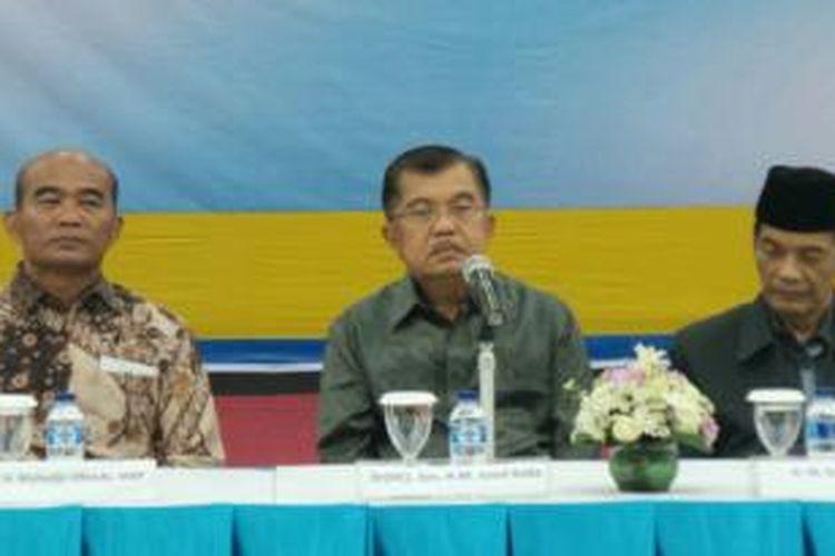 Wakil presiden terpilih Jusuf Kalla di Universitas Al Azhar Indonesia, Jakarta, Rabu (3/9/2014).