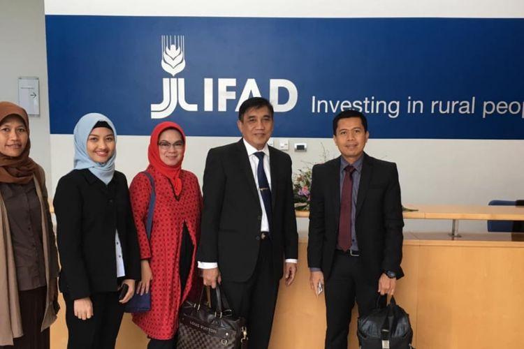 Delegasi Republik Indonesia (Delri), yang mewakili Sekretaris Jenderal Kementerian Pertanian, selaku Executive Director IFAD untuk Indonesia di Kantor Pusat IFAD, di Via Paolo di Dono 44, Roma.