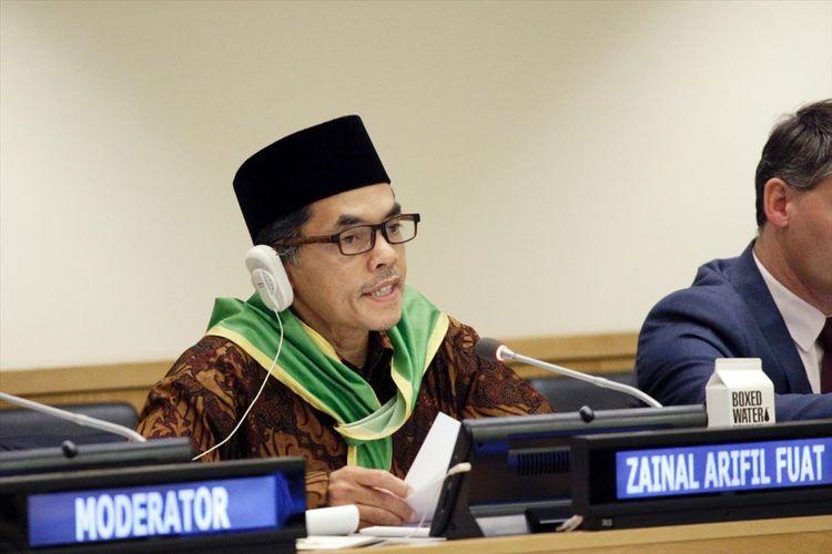 BERIKAN CERAMAH--Petani asal Madiun, Zainal Arifin Fuat memberikan ceramah di Badan Pangan dan Pertanian Dunia atau FAO PBB  bertajuk United Nations Decade of Family Farming di News York, Amerika Serikat, Selasa (16/7/2019) lalu.