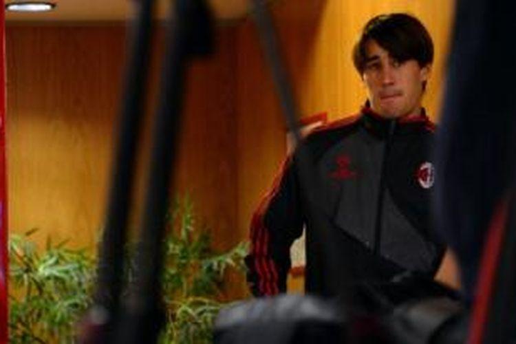 Peneyrang Barcelona, Bojan Krkic, kini dipinjam Ajax Amsterdam. Sebelumnya, ia pernah dipinjamkan ke AS Roma dan AC Milan.