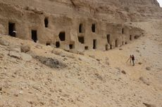 Arkeolog Mesir Temukan 250 Kuburan Berusia 4.200 Tahun, Ini Isinya