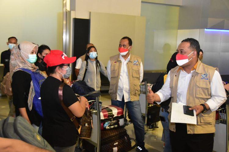 Kepala Badan Perlindungan Pekerja Migran Indonesia (BP2MI), Benny Rhamdani menyambut kedatangan 1.278 Pekerja Migran Indonesia (PMI) di Bandara Soekarno-Hatta, Tangerang, Banten, Minggu (9/5/2021).