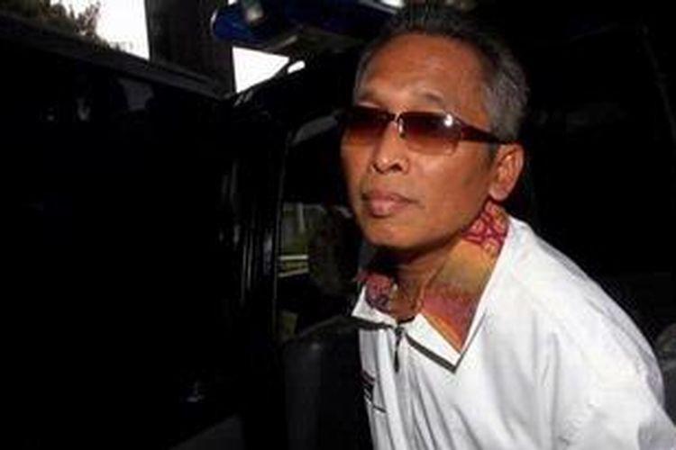 Komisi Pemberantasan Korupsi (KPK), Rabu (24/4/2013) kembali meriksa Wakil Ketua Pengadilan Negeri Bandung Setyabudi Tejocahyono untuk penyidikan kasus dugaan penerimaan hadiah terkait dana bantuan sosial di Pemerintah Kota Bandung. Setyabudi dipanggil sebagai saksi untuk tersangka Herry Nurhayat (HN).