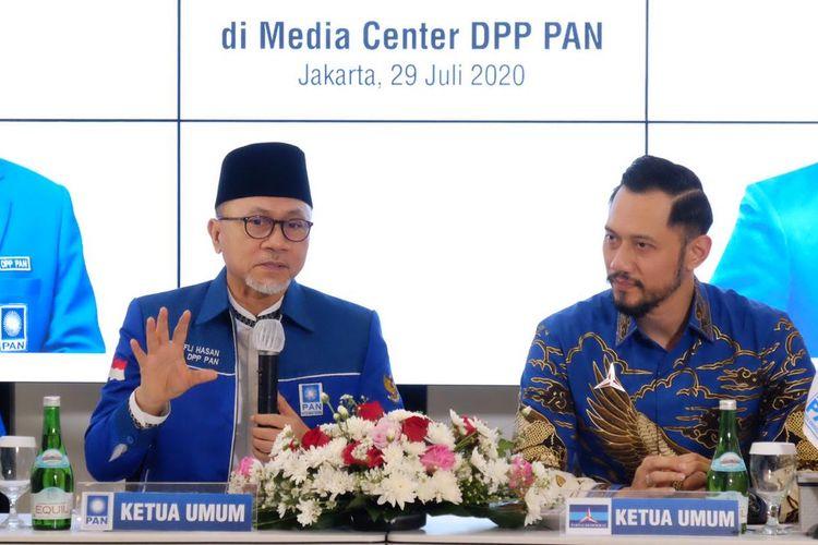 Ketua Umum PAN, Zulkifli Hasan, menerima kunjungan Ketua Umum Partai Demokrat, Agus Harimurti Yudhoyono (AHY), di kantor DPP PAN, Jakarta, Rabu (29/7/2020).