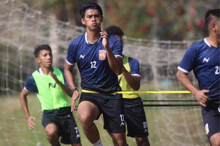Lerby Eliandri bersama Borneo FC melakukan TC di Kota Batu, Jawa Timur, mulai hari Sabtu (07-11/09/2019).