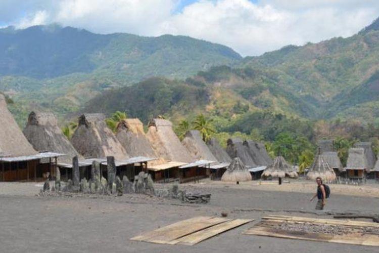 Kampung adat Gurusina di Kabupaten Ngada, Pulau Flores, Nusa Tenggara Timur.