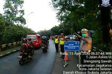 Hari Pertama PSBB Depok, Polisi Turunkan Penumpang Angkot yang Lebihi Separuh Kapasitas
