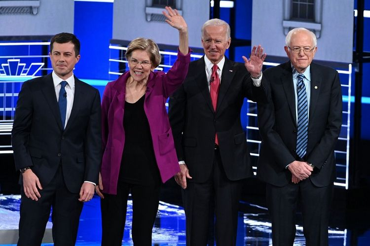 Bakal Calon Presiden Partai Demokrat dari kiri mantan Wali Kota South Bend Pete Buttigieg, Senator Massachusetts Elizabeth Warren, mantan Wakil Presiden Joe Biden, dan Senator Vermont Bernie Sanders