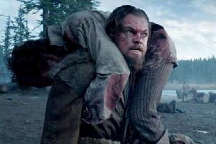 Leonardo DiCaprio sebagai Hugh Glass dalam film The Revenant