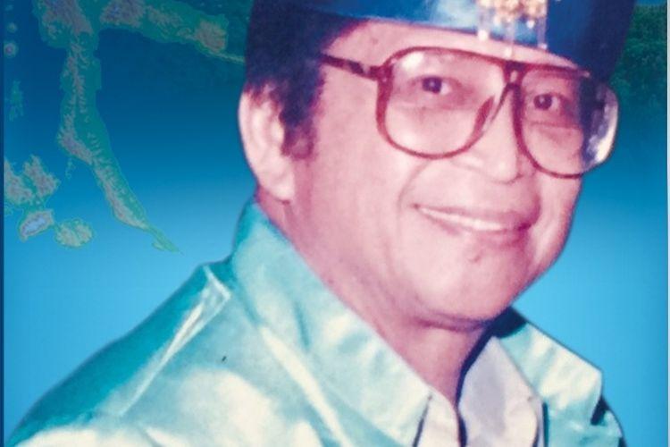Buku yang ditulis Menpora Era Soeharto Abdul Gafur yang berjudul Abdul Gafur Zamrud Halmahera berjudul Abdul Gafur. Buku