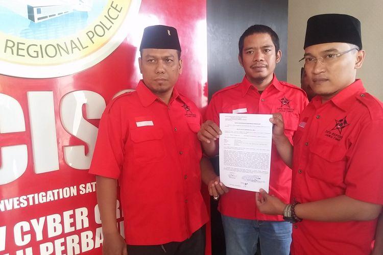 Pengurus Repdem Jatim melaporkan pemilik akun facebook ke Mapolda Jatim