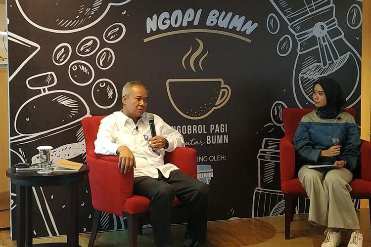 Direktur Utama PT Wijaya Karya (Persero) Tbk atau WIKA Tumiyana menjadi narasumber dalam diskusi di Gedung Kementerian BUMN, Jakarta, Selasa (7/8/2019).