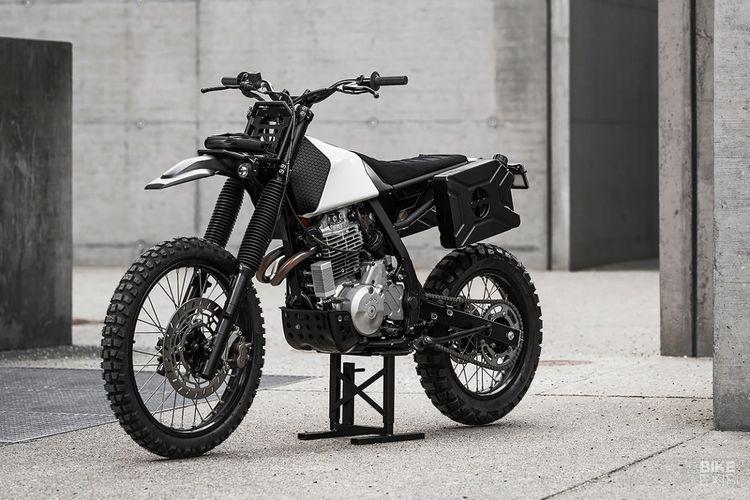 Motor trail Honda NX650 dibangun dengan teknologi 3D printing