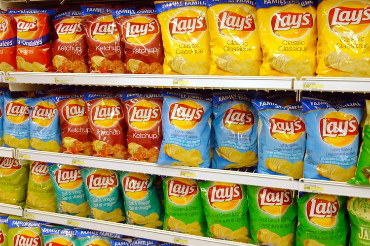A row of Lay's potato chips at a supermarket