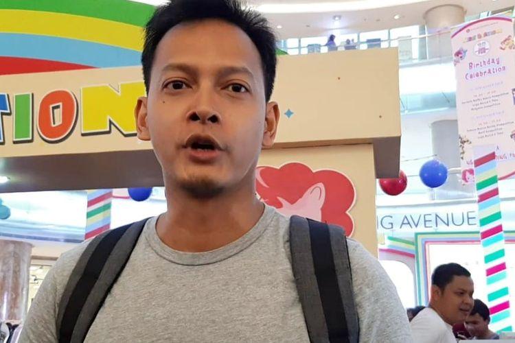 Artis peran Fedi Nuril saat ditemui di kawasan Kuningan, Jakarta Selatan, Minggu (22/9/2019).