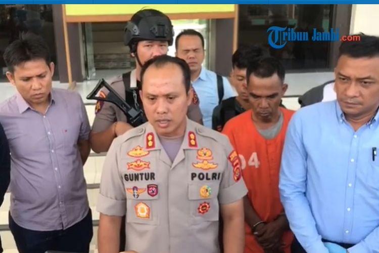Suasana gelar perkara penangkapan wali murid yang diduga aniaya kepala sekolah di Jambi.