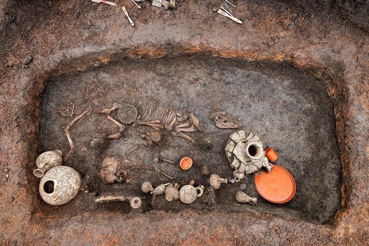 Temuan arkeologi yang diunggah di situs web Institut Nasional untuk Penelitian Arkeologi Preventif (INRAP).