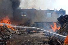 Gedung di Lubang Buaya Terbakar