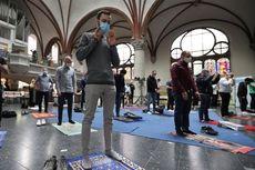 Saat Gereja Martha Lutheran Dipergunakan untuk Shalat Jumat Warga Jerman...