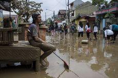 Ada Arahan Jokowi, Bulog Kirim Bahan Pangan untuk Korban Banjir
