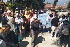 Tidak Terima Jatah Hidup, Puluhan Penyintas Gempa Palu Datangi Kantor Sosial