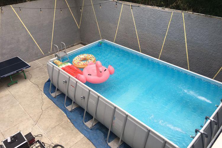 Fasilitas kolam renang di Nomad Hostel Kemang, Jakarta Selatan, Rabu (8/8/2018).