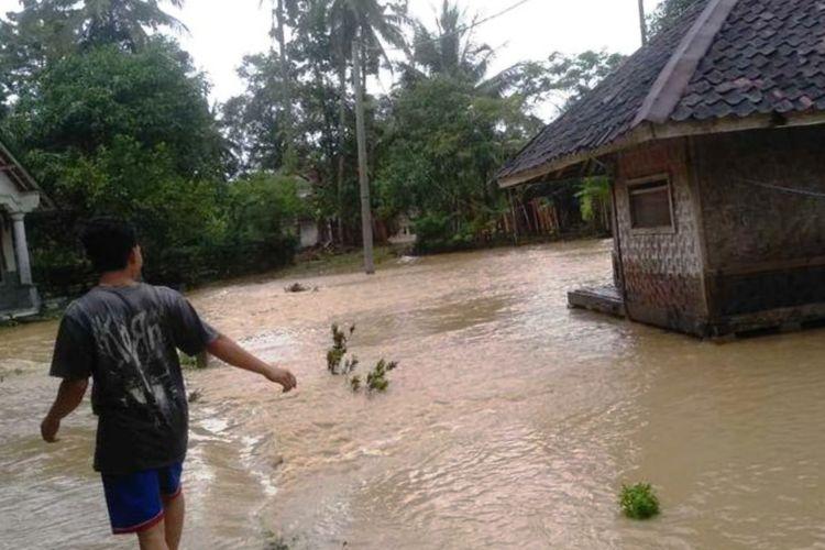 BPBD Cianjur: Jika Hujan Deras 2 Jam, Warga Dekat DAS Siap-siap Mengungsi