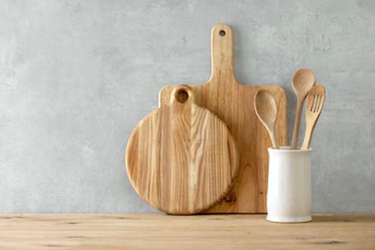 Meja dapur kayu.
