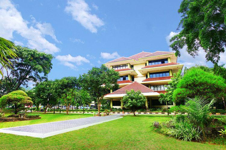 Gedung Rektorat Universitas Pancasila