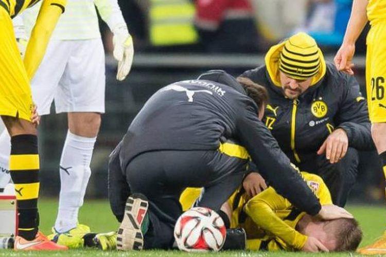 Gelandang Borrusia Dortmund, Marco Reus, mengalami cedera yang membuatnya absen hingga akhir tahun 2014.