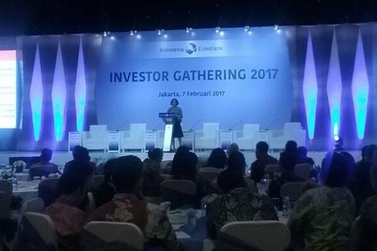 Menteri Keuangan Sri Mulyani Indrawati menyampaikan pidato kunci dalam Investor Gathering 2017 LPEI, Jakarta, Selasa (7/2/2017)