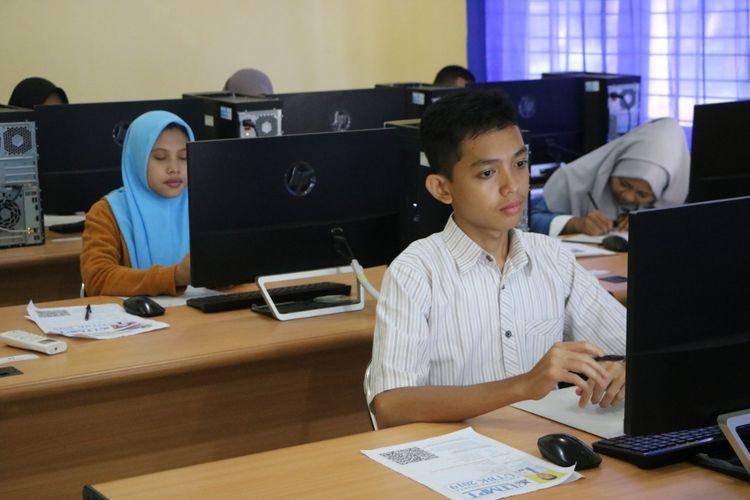 Peserta UTBK SBMPTN saat mengikuti ujian di kampus tegalboto Universitas Jember tahun 2019 lalu