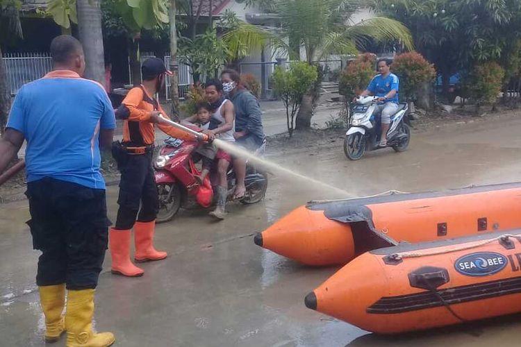 Banjir yang sempat menggenangi 3 Perumahan di Kawasan Bojongkulur, Kecamatan Gunung Putri, Kabupaten Bogor, Jawa Barat sudah mulai surut.