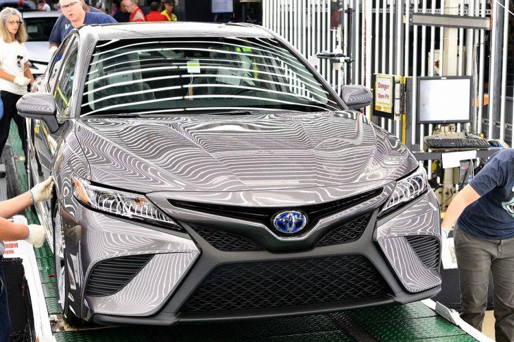 Toyota Camry 2018 mulai diproduksi di pabrik Toyota Kentucky