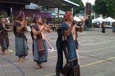 Tor-tor Sipitu Cawan Warnai Penutupan Horas Parapat Fiesta 2013