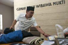 Istri Masih Sakit Jelang Pelantikan, Ridwan Kamil Siapkan Kursi Roda