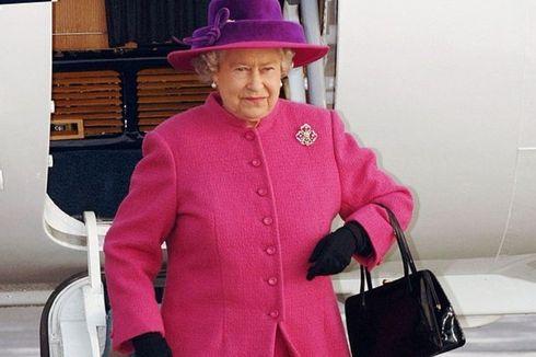 Bukan Dompet atau Ponsel, Apa yang Dibawa Ratu Inggris dalam Tasnya?