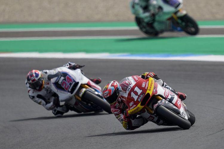 Pebalap Federal Oil Gresini Moto2 (FOGM2), Nicolo Bulega, saat balapan pada Moto2 Belanda 2021
