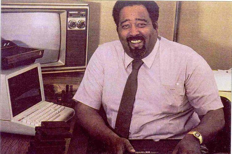 Penemu konsep konsol game berbasis cartridge, Jerry Lawson.