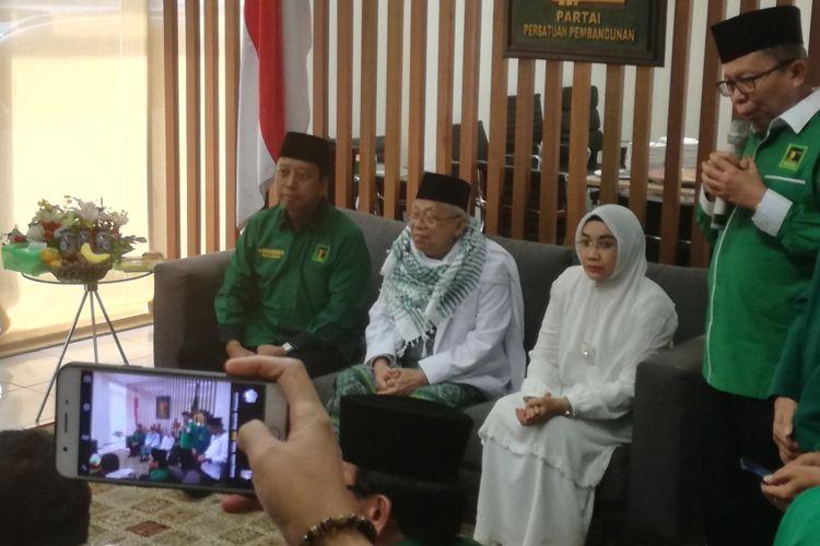 Calon Wakil Presiden pendamping Joko Widodo, KH Maruf Amin menyambangi gedung DPP Partai Persatuan Pembangunan (PPP), kawasan Diponegoro, Jakarta, Jumat (10/8/2018).