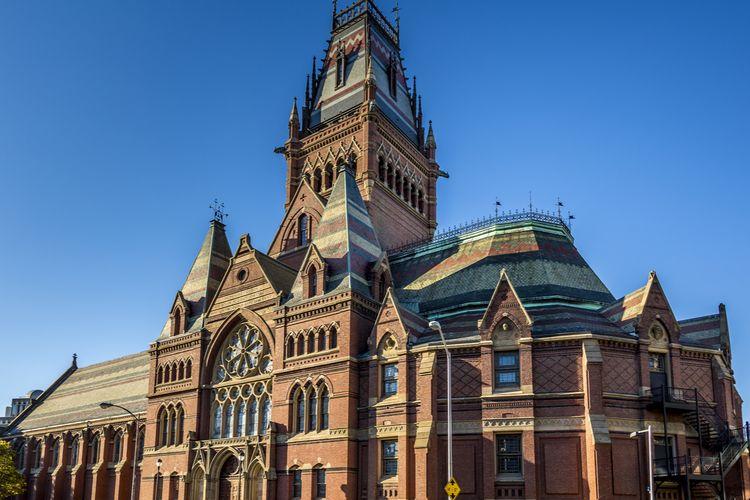 Bangunan bersejarah di Harvard University