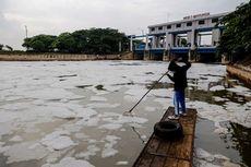 Detergen Rumah Tangga Bikin Perairan Marunda Tercemar
