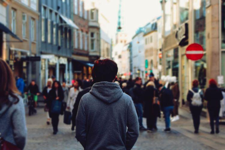 ilustrasi kesepian