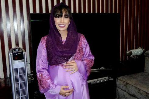 Tambah Adik, Putri Pertama Ussy Sulistiawaty Bahagia Campur Cemburu
