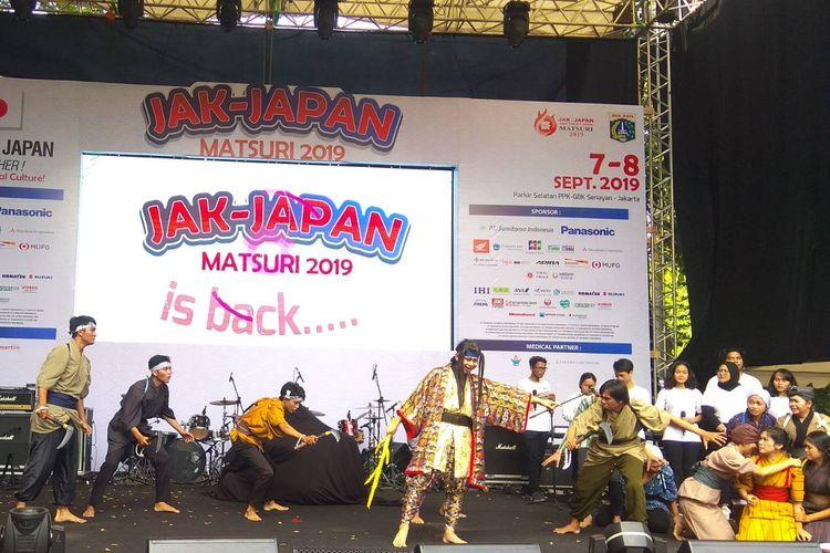 Teater Enjuku, perpaduan drama dan seni bela diri ala Jepang dibalut dengan nanyian dengan dua bahasa, Jepang dan Indonesia