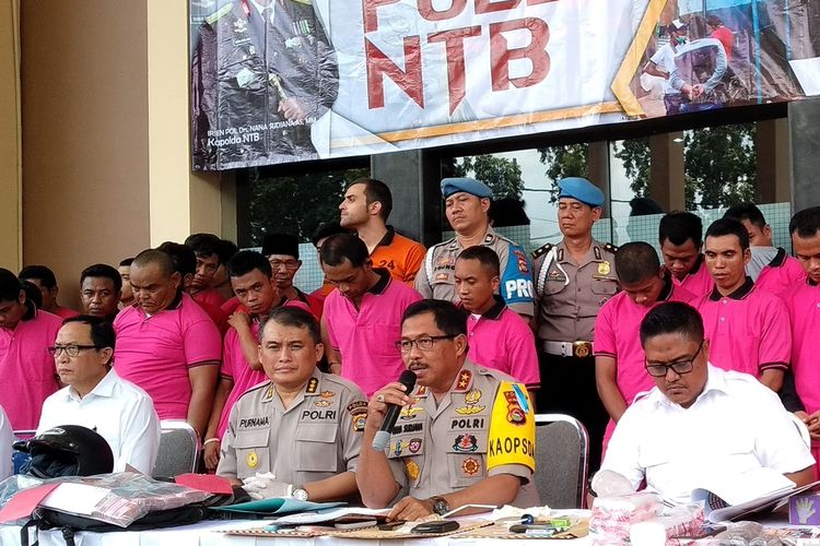 Kapolda NTB Irjen Pol Nana Sujana dalam jumpa pers di Mapolda NTB Senin (9/9/2019).
