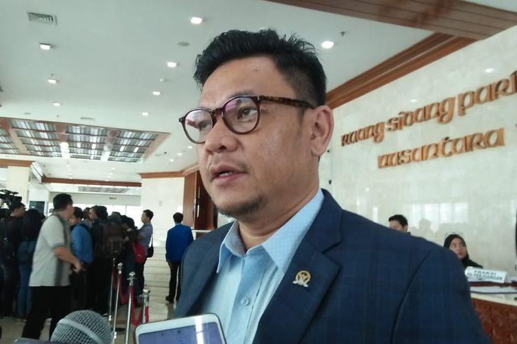 Ketua DPP Partai Golkar, Ace Hasan Syadzily di Kompleks Parlemen, Senayan, Jakarta, Kamis (25/7/2019)